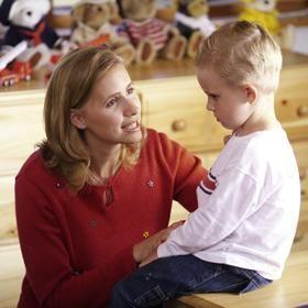 كيف تعلم ابنك وترد على اسئلته الجنسية بشكل علمى ومستوى الطفل ؟